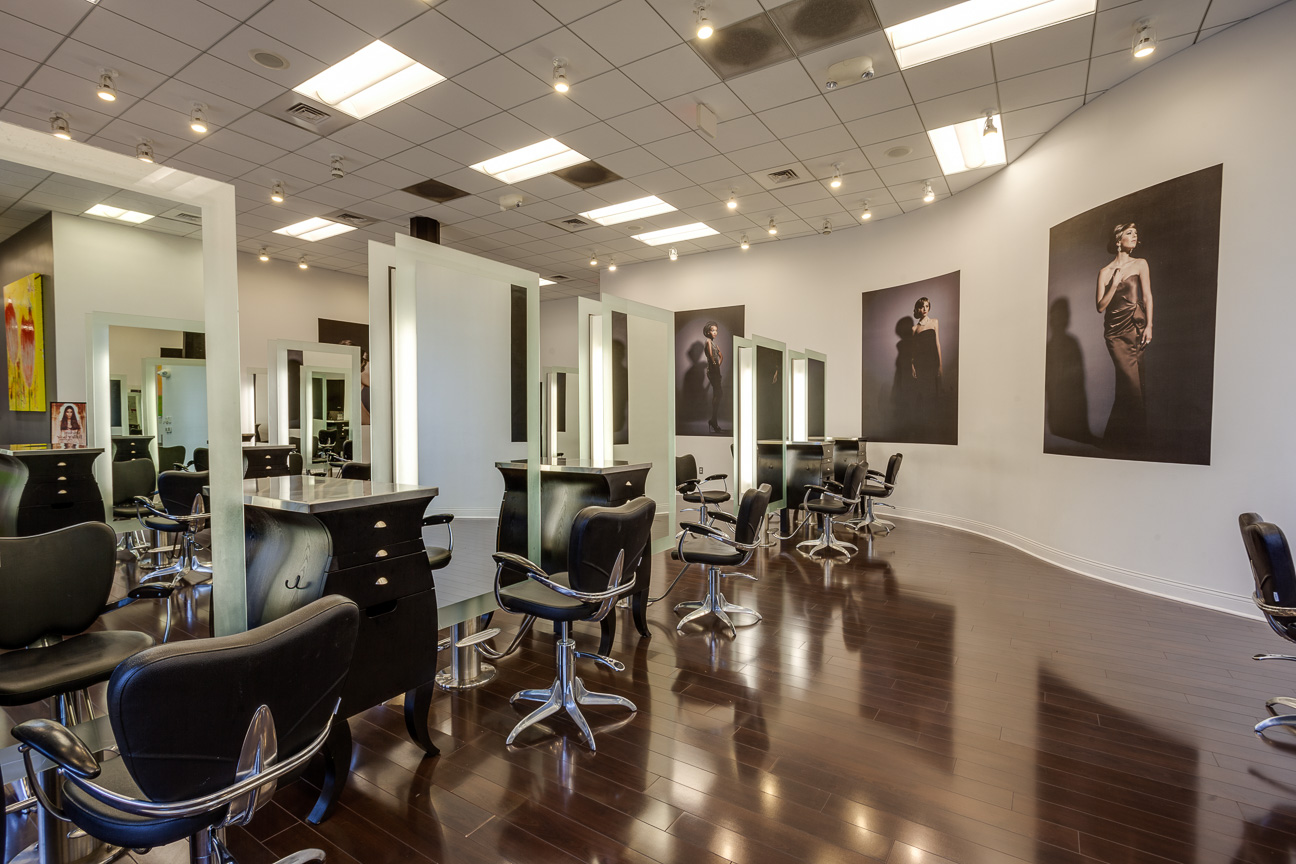Moderne salon dayspa for Photo salon moderne